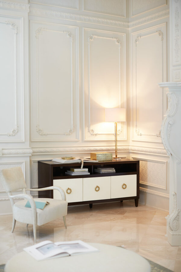 Elka_Chair_Bernhardt_setting.jpg