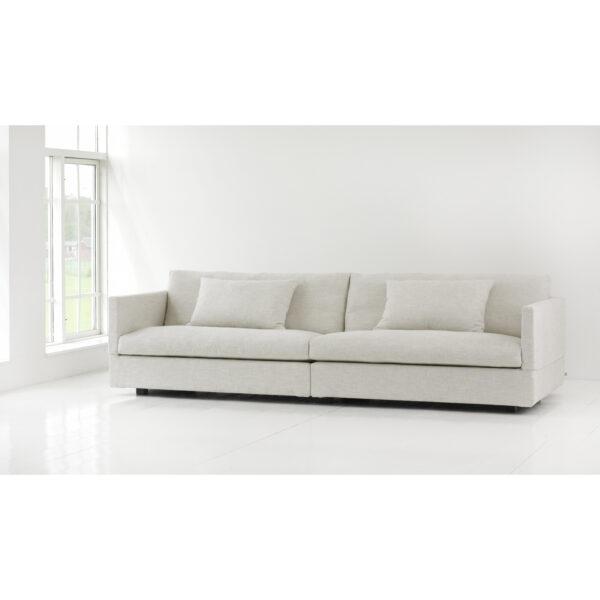 Box_sofa_Eilersen_white_setting.jpg