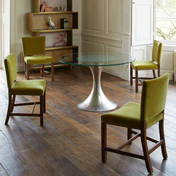 dakota-glass-round-dining-table-setting-julian-chichester
